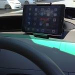iPad mini用に車載ホルダーとダッシュボードマウントを購入