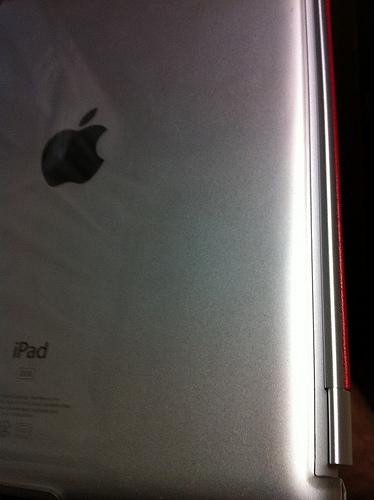 iPad2背面カバー